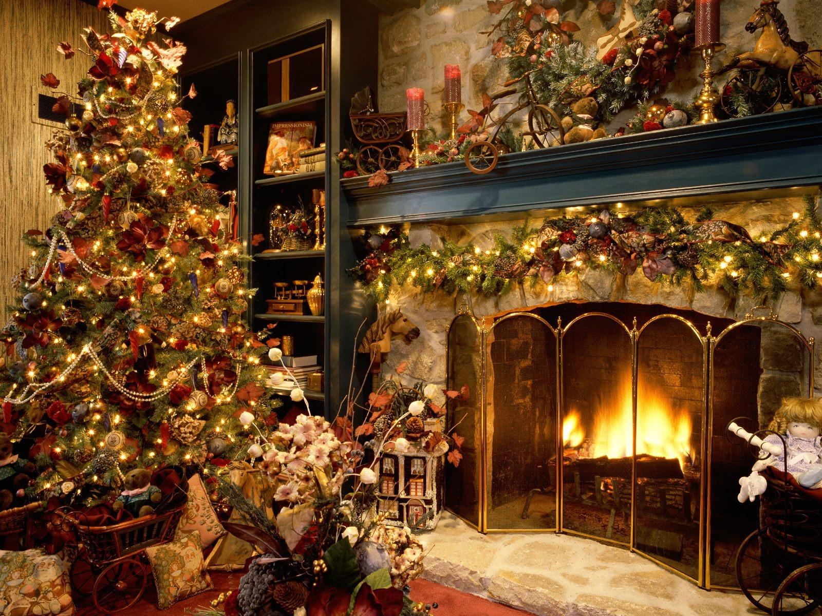 beautiful_christmas_tree-1600x1200.jpg